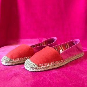 Shoes - Sox-Tab Slip On Flats :)